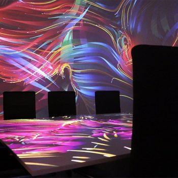 VR-Raum von Viscon für Erhardt + Partner // Konferenzraum mit Audiovision